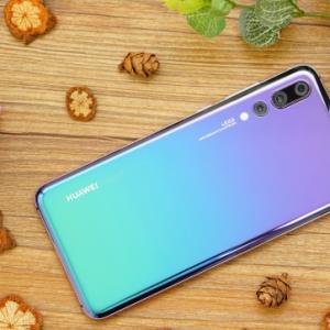 华为P30手机摄像头放大就模糊,色彩失真到底是什么原因?