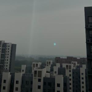 关于苹果iPhone 11Pro拍照出现蓝点和绿点的问题解析
