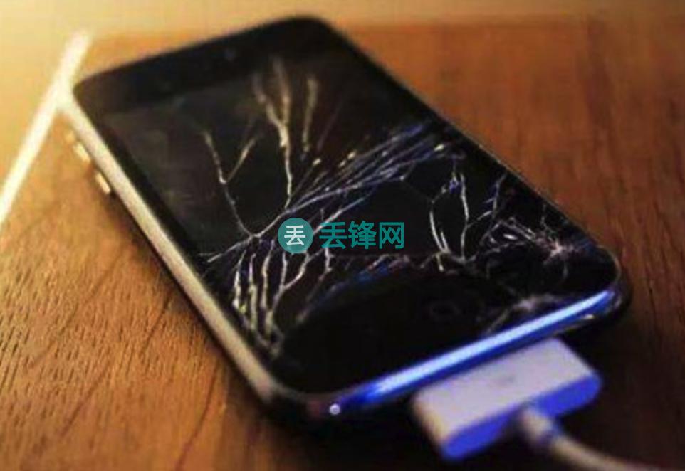 苏州苹果手机用户碎屏了一般去哪里换手机屏幕?